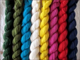 """""""Twinkle Twinkle""""  Mitten Yarn Kit"""